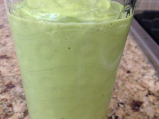 Peach-Mango Green Smoothie
