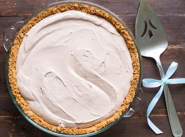 Chocolate-Cream-Pie-with-Graham-Cracker-Crust-Culinary-Hill