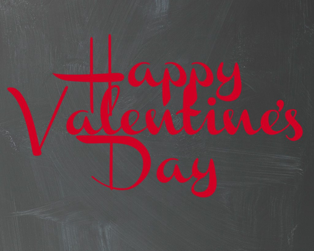 Happy Valentines Day Chalkboard Print- Free Valentine's Day Printable from https://aileencooks.com