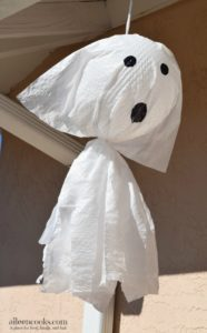 Not So Spooky Garbage Bag Ghosts. DIY Halloween Decorations from aileencooks.com. [ad]