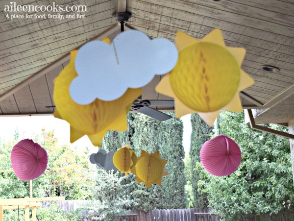 You are my sunshine first birthday party theme. Pink and Yellow Birthday Party Theme. You are my sunshine cake. You are my sunshine invitations. You are my sunshine decorations. You are my sunshine cake pops. First birthday party theme for girls.