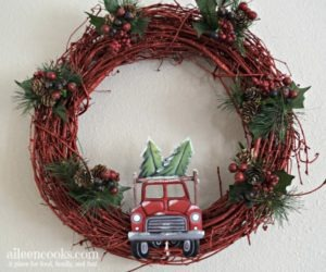 Christmas Truck Wreath Tutorial /red truck christmas wreath