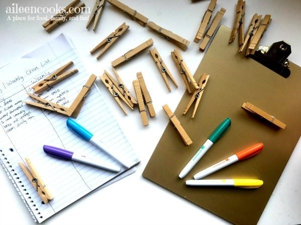 The best way to customize your chore list! Make a Clipboard Chore Chart with Clothespins and a few items around your house. This post shows you how to make it pretty, too!