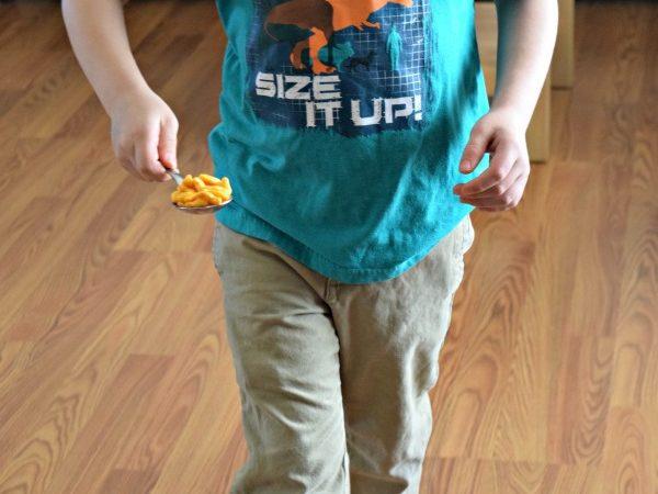 boy-spoon-goldfish-crackers
