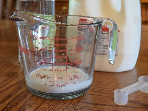 milk and distilled white vinegar mixed together for an easy buttermilk substitute