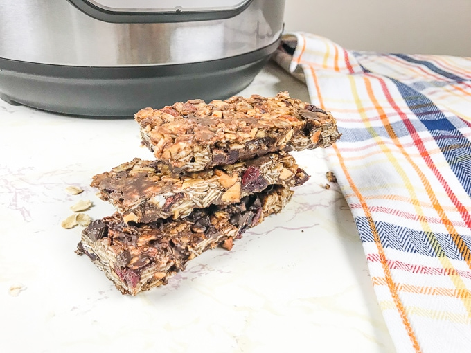 Instant pot granola bars with chocolate chips.