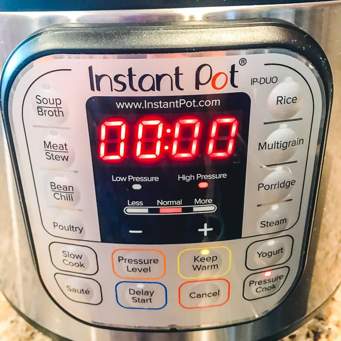 An instant pot set to 0 minutes cook time.
