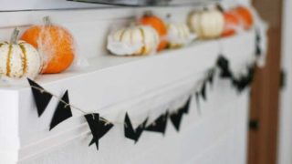 DIY: A Cute Halloween Banner for your Mantel