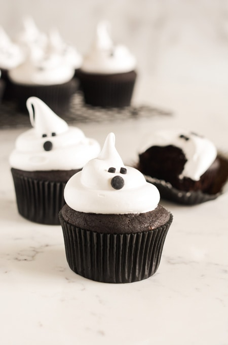 Devil's Food Ghost Cupcakes | The Cake Chica