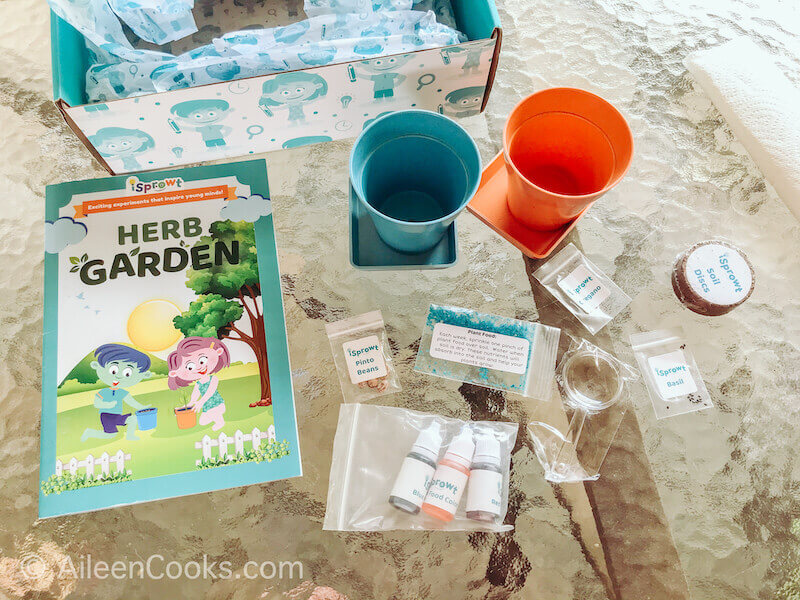 The contents of the iSprowt Herb Garden Kit.